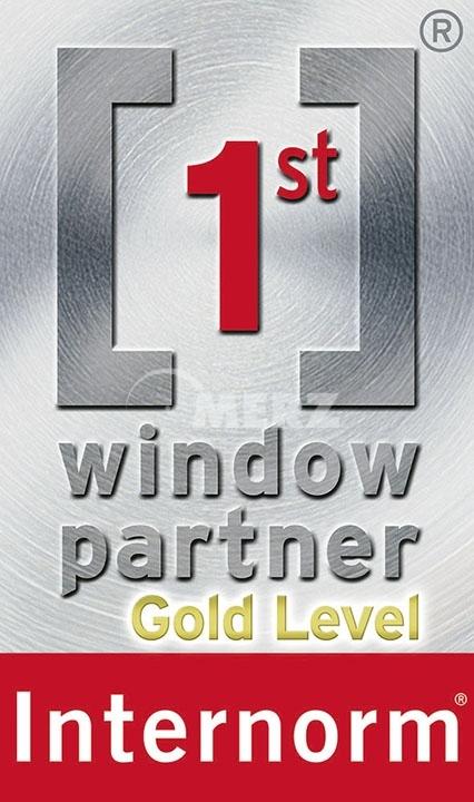 1st_window_a3_neu-gold_okt2015-v4