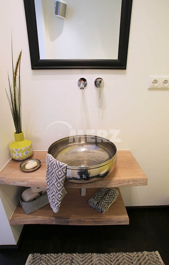 Waschtisch WC Spiegelschrank · Waschtisch Nussbaum Weiß · Waschbecken Klein  Ecklösung