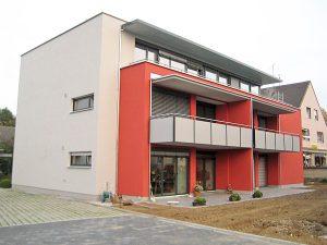 Fenster Mehrfamilienhaus