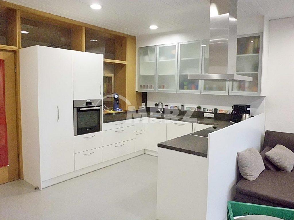 truhenbank. Black Bedroom Furniture Sets. Home Design Ideas