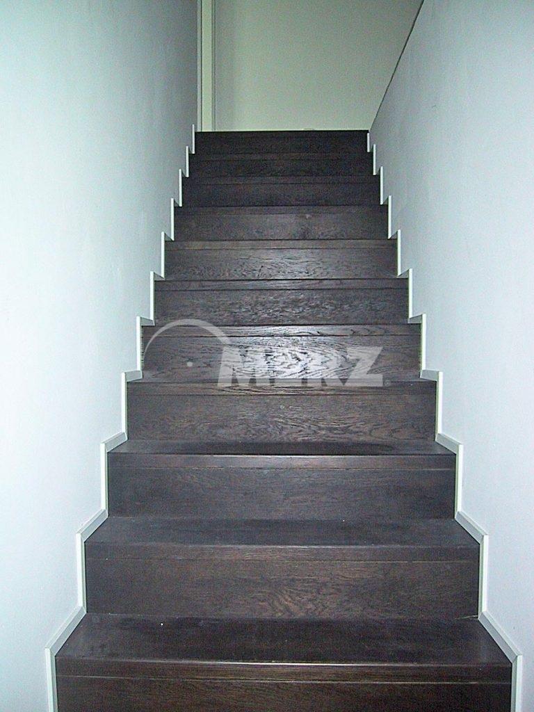 elegant gemauerte treppe haus design ideen. Black Bedroom Furniture Sets. Home Design Ideas